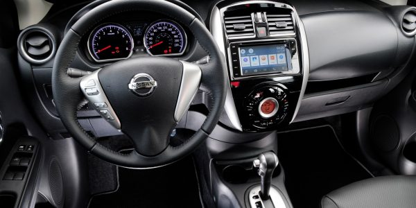 Nissan Versa 2 (1415 x 939)