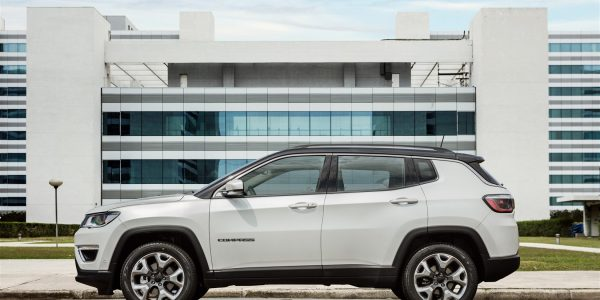 jeep_compass_limited_005-1650-x-1099