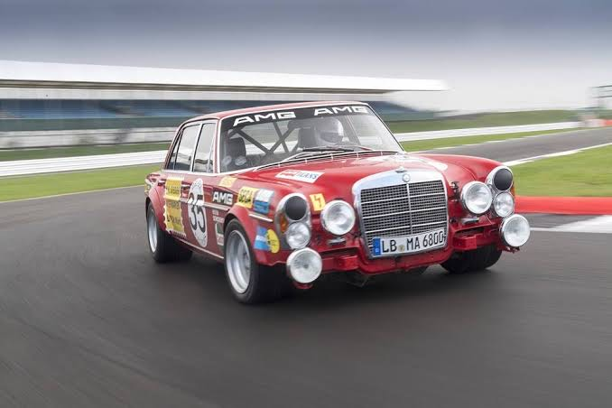 Red Pig: a mais insólita das Mercedes | CARROS COM CAMANZI